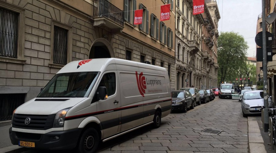 Delivery to the Phygital World in Milan